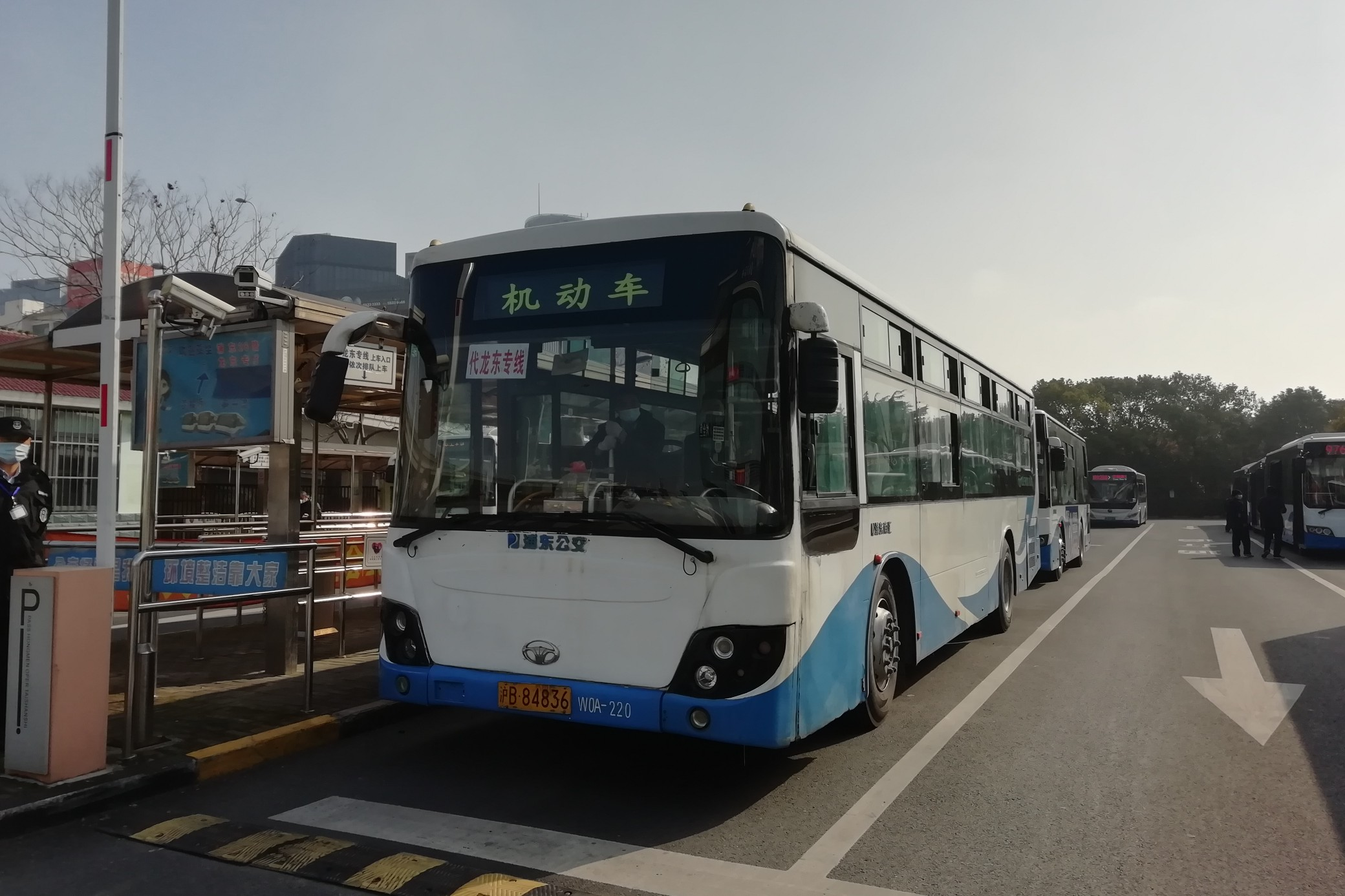上海龙东专线公交车路线