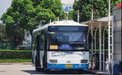 上海自贸区公交2号线公交车路线