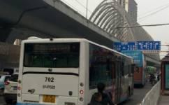 武汉702路公交车路线